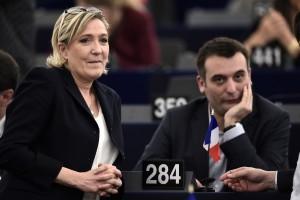 Les 2 députés européens les moins présents au parlement européen (Clic sur la photo)